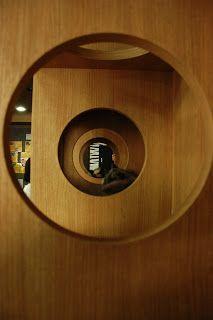 Cat Cafe, South Korea Cat Cafe, South Korea, Places To Go, Mirror, Architecture, Cats, Furniture, Home Decor, Arquitetura