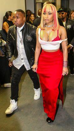 Nicki Minaj Hot Pictures Will Give You A Heart Attack - Clever Fashion Media Nicki Minaj Body, Nicki Minaj Barbie, Beyonce, Rihanna, Lil Wayne, Katie Holmes, Kourtney Kardashian, Nicki Minaj Quotes, Nicki Minaj Wallpaper
