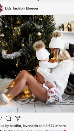 New Baby Pictures 1 Year Winter 21 Ideas New Baby Pictures, Newborn Pictures, Winter Baby Pictures, Mom And Baby, Baby Love, Foto Newborn, Family Christmas Pictures, Christmas Baby Photos Diy, Foto Baby