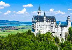 Visiting Neuschwanstein Castle in Bavaria, Germany can bestressful. It doesn't need to be.If there's one tip you listen to for visiting, it's this one...