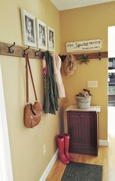 How to decorate a small hallway. DIY Coat rack.