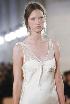 Balenciaga Spring/Summer 2016 Ready-To-Wear Details | British Vogue