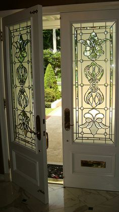 Interior french doors add a beautiful style and elegance to any room in your home. Stained Glass Door, Stained Glass Designs, Leaded Glass, Mosaic Glass, Glass Art, Glass Front Door, Glass Doors, Arte Art Deco, House Painting Cost