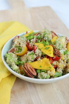 Quick Healthy Meals, Healthy Recipes, Healthy Diners, Quinoa Dishes, Couscous Salat, Good Food, Yummy Food, Vegetarian Lifestyle, Food Test