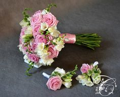 Wiązanki ślubne | Centrum ślubu i dekoracji Floral Wreath, Wreaths, Decor, Decorating, Flower Crowns, Door Wreaths, Deco Mesh Wreaths, Inredning, Interior Decorating