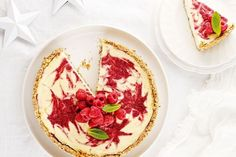 Our sugar-free Christmas Berry Swirl Cheesecake is a crowd pleaser. Serve this for dessert this holiday season, your friend's will be begging for the recipe - I Quit Sugar. paleo dessert for a crowd Raspberry Swirl Cheesecake, Sugar Free Cheesecake, Sugar Free Desserts, Sugar Free Recipes, Almond Recipes, Cheesecake Recipes, Cheesecake Cake, Dessert Recipes, Raspberry Recipes