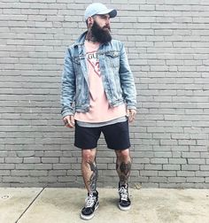 Mens Streetwear Fashion is part of Hipster mens fashion - Creatives Themed Fashion Apparel for Men Men Looks, Urban Fashion, Men's Fashion, Fashion Check, Hipster Fashion, Fashion Outfits, Ripped Jeans Men, Mens Fashion Suits, Men Style Tips