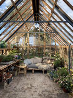 Backyard Greenhouse, Greenhouse Plans, Backyard Patio, Backyard Landscaping, Dream Home Design, My Dream Home, Outdoor Rooms, Outdoor Living, Dream Garden