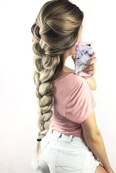 Cute and Easy Hairstyles with Braids picture 1