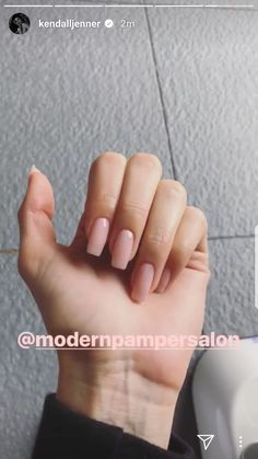 [Other]Coffin Nails kylie jenner nailart Ongles Kylie Jenner, Kendall Jenner Nails, Kylie Jenner Nails, Coffin Nails Designs Kylie Jenner, Cute Acrylic Nails, Cute Nails, Nagel Blog, Jelly Nails, Nail Polish