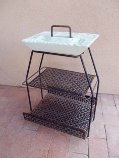 mid century modern ashtrays | Mid Century Modern Metal and Ceramic Ashtray Stand