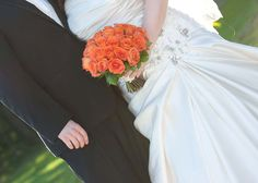 Orange Roses Fall Wedding Flowers, Fall Flowers, Orange Roses, Weddings, Wedding Dresses, Fashion, Bride Dresses, Moda, Bridal Gowns