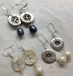 Button Earrings 014