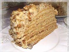 Медовый торт с орехами
