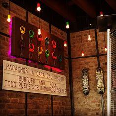 """Todo puede ser hamburgueseable""  #papachos #Lima #Miraflores #Perù #lifeinperu #rocknroll #igersperu"