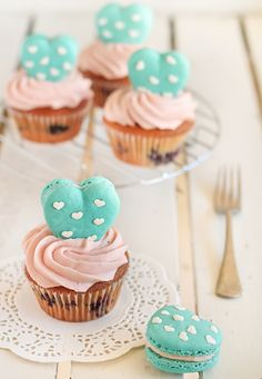 raspberri cupcakes: Heart Polka Dot Macarons & Vanilla Bean Blueberry Cupcakes