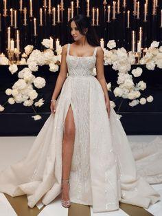 Classy Wedding Dress, Dream Wedding Dresses, Designer Wedding Dresses, Wedding Attire, Bridal Dresses, Bridesmaid Dresses, Extravagant Wedding Dresses, Couture Wedding Dresses, Big Bust Wedding Dress