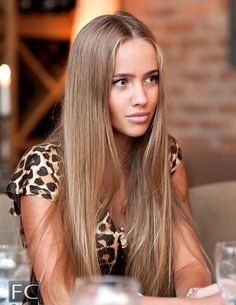 Dark blonde hair... this is what i want my hair like! #cute #hair