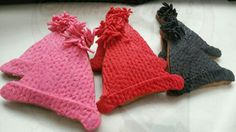 created by Annie Mae's Bakery in Brooklyn NY Brooklyn Bakery, Cookie Favors, Fingerless Gloves, Arm Warmers, Annie, Knitted Hats, Cookies, Create, Biscuit