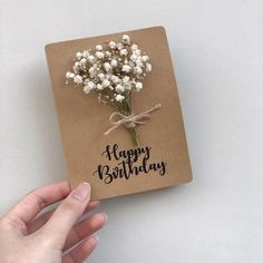How To Wrap Flowers, How To Preserve Flowers, Creative Gift Wrapping, Creative Gifts, Cute Cards, Diy Cards, Diy Birthday, Birthday Cards, Regalo Baby Shower