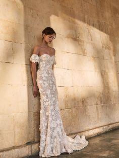 Wedding dress | wedding insipirasi | bridal dresses | haute couture | bride | handmade couture | bridal couture Girly, Feminine, Bride, Wedding Dresses, Fall, How To Wear, Collection, Fashion, Women's