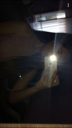 Tumblr Selfie Flash