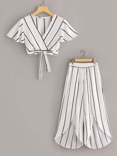 To find out about the Surplice Neck Stripe Top & Split Wide Leg Pants Set at SHEIN, part of our latest Two-piece Outfits ready to shop online today! Teenage Outfits, Teen Fashion Outfits, Kids Outfits, Kids Fashion, Fashion Dresses, Fashion Sets, Woman Fashion, Peplum Dresses, Maxi Outfits