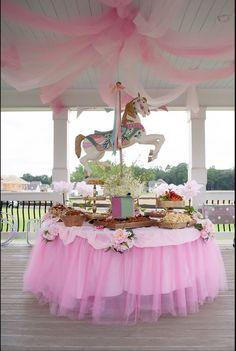 Carouse b NH un,l garden party Carousel Birthday Parties, Birthday Party Tables, Carnival Birthday, Circus Party, Unicorn Birthday Parties, Birthday Party Decorations, Party Unicorn, Unicorn Baby Shower, Shower Party