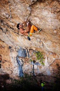 Sport Climbing, Ice Climbing, Gym Photos, Figure Poses, Sport 2, Extreme Sports, Mountaineering, Petunias, Climbers