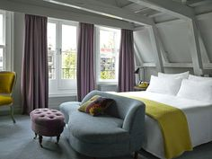 Classic King Canal View Room at Pulitzer Amsterdam