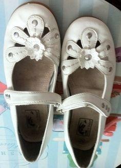Kaufe meinen Artikel bei #Mamikreisel http://www.mamikreisel.de/kleidung-fur-madchen/ballerinas/29478827-marco-tozzi-gr-32-leder-ballerinas-klettverschluss