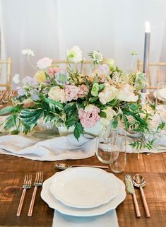 Wedding Centerpieces We Love - Unveiled by Zola Green Wedding Centerpieces, Unique Centerpieces, Candle Centerpieces, Wedding Bouquets, Centerpiece Ideas, Wedding Advice, Wedding Vendors, Wedding Planning, Floral Wedding
