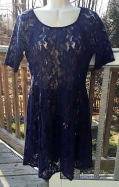 $13 with FREE SHIPPING and 14 day returns! Ronni Nicole Size 8 Lace Dress Short Sleeve Blue Black Sheath Dress Spring EUC #RonniNicole #Sheath #Cocktail