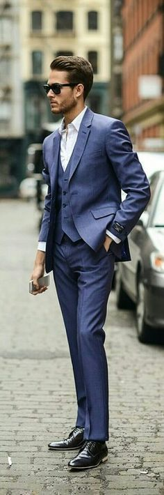 What Do Dress Codes for Events Mean: Semi-Formal Attire for Men Traje Semi Formal, Semi Formal Attire, Formal Dresses For Men, Fashion Mode, Suit Fashion, Look Fashion, Mens Fashion, Mature Fashion, Style Gentleman