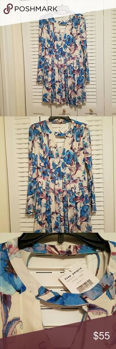 Brand New Free People floral dress Beautiful dress,with slit dome sleeves . Flawless condition, never worn . Free People Dresses Midi