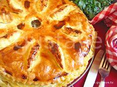 Tourte alsacienne à la viande (Alsatian meat pie -- this recipe specifies pork)