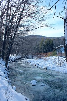 Stowe Branch River in Vermont on a chilly December day. Notice the remnants of autumn colors! Beautiful Places To Live, Winter Images, Take Better Photos, Green Mountain, Haunted Places, Travel Bugs, Winter Scenes, Nature Scenes, Vermont