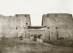 Louis de Clercq. V9 Edfou, Grande Façade des Ruines, c.1859-60