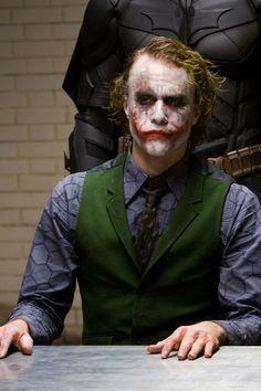 THR remembers Heath Ledger's greatest films on the actor's birthday. Heath Ledger Joker Wallpaper, Joker Ledger, Batman Joker Wallpaper, Joker Iphone Wallpaper, Joker Wallpapers, Joker Make-up, Joker 2008, Der Joker, Joker Heath