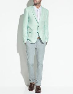 I love blazers & I will love to add this colour to my blazer collection. What colour is this? Lime Green?