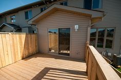 Braebury Model home - Back Deck
