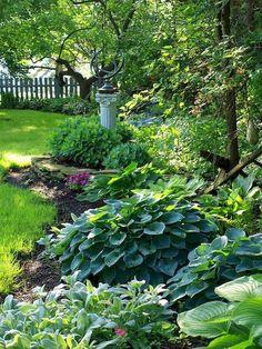 Inspiring Small Backyard Landscaping Ideas 10