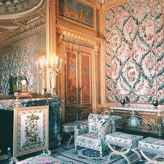 Chambre de l'Impératrice, Château de Fontainebleau / http://www.omonchateau.com