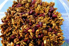 Pumpkin Cranberry Crunch. A sweet and salty snack perfect for the Fall. Pumpkin Recipes, Gluten Free Recipes, Low Carb Recipes, Vegan Recipes, Breakfast Recipes, Snack Recipes, Dessert Recipes, Make Ahead Meals, Easy Meals