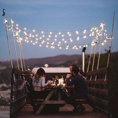 Romantic festoon lights make a perfect addition to any outdoor setting. Photo by unknown Vie Simple, And So It Begins, Life Is Beautiful, Porches, Life Is Good, The Outsiders, Entertaining, In This Moment, Retro