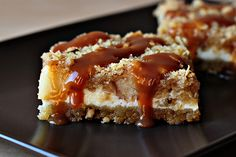 Caramel Apple Cheesecake Cookie Bars « Recipe « Zoom Yummy – Crochet, Food, Photography