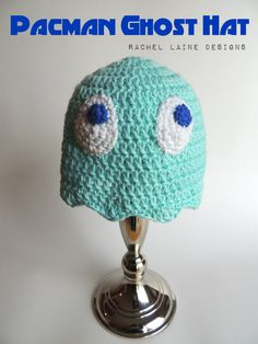 As promised, I have another cute crochet hat for you, hooray! Like many people, I have fond memories from childhood of playing what are now considered retro video games. I can remem. Crochet Baby Hats, Cute Crochet, Crochet Crafts, Knit Crochet, Retro Videos, Retro Video Games, Types Of Hats, Diy Cushion, Baby In Pumpkin