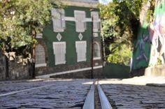 Nos trilhos do bonde de Santa Teresa. Rio de Janeiro. Brazil.