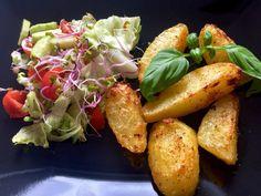 Ziemniak z sałatką