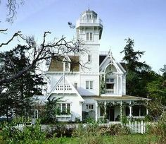Everything about this Victorian is fabulous. This is the house used in the movie Practical Magic. Located on San Juan Island, Washington State. It actually was built for the movie as just a shell and was torn down after filming. How very sad.